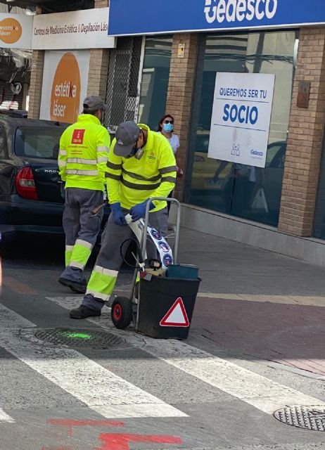 Los trabajos de desratización de desinfección contra cucarachas continúan esta semana en el casco urbano y pedanías - 1, Foto 1