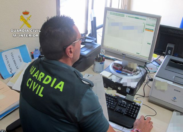 La Guardia Civil detiene a un vecino de Cartagena que adquiría productos para elaborar éxtasis líquido - 1, Foto 1