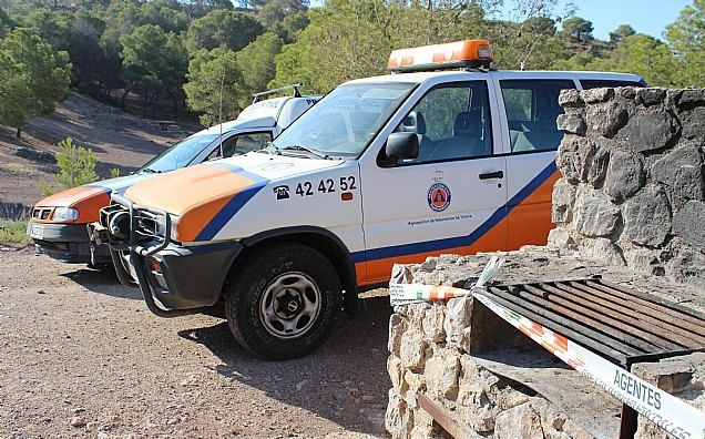 Civil Protection reiterates that it is not allowed to make fires in the existing barbecues in Sierra Espuña