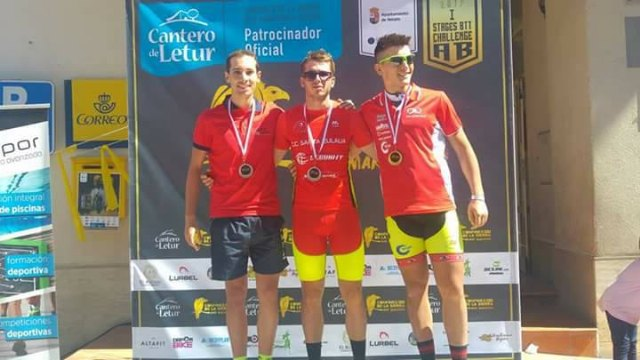 Incredible return to the competition of the boys of the Cyclist Club Santa Eulalia - 2