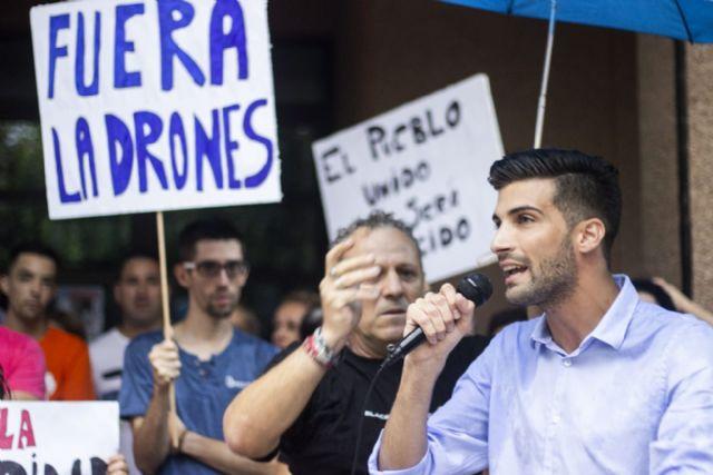 Cientos de vecinos se concentran ante el ayuntamiento de alguazas para exigir seguridad - 5, Foto 5