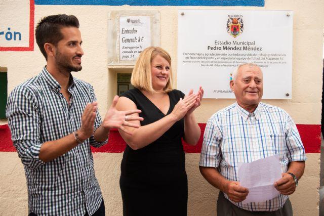 El municipal luce la placa que muestra su nueva denominación como estadio Pedro Méndez - 1, Foto 1