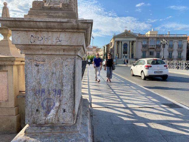 Murcia está más sucia que nunca y los vecinos del municipio reclaman al gobierno socialista que actúe inmediatamente - 1, Foto 1