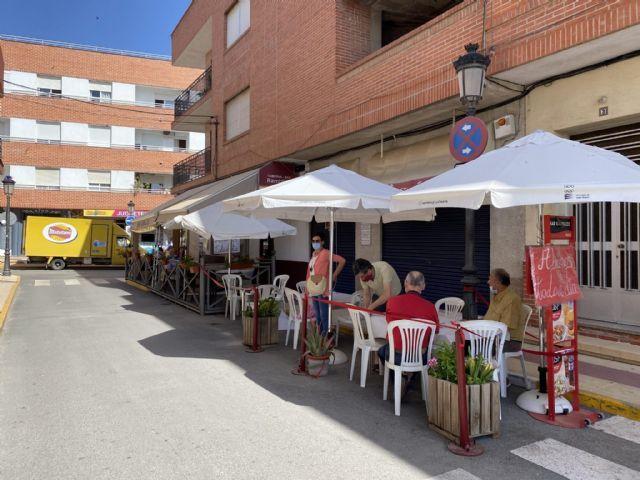 El Ayuntamiento de Puerto Lumbreras permitirá ampliar terrazas a la hostelería local durante las Fiestas Patronales y otorgará ayudas económicas para contratar espectáculos en directo - 1, Foto 1