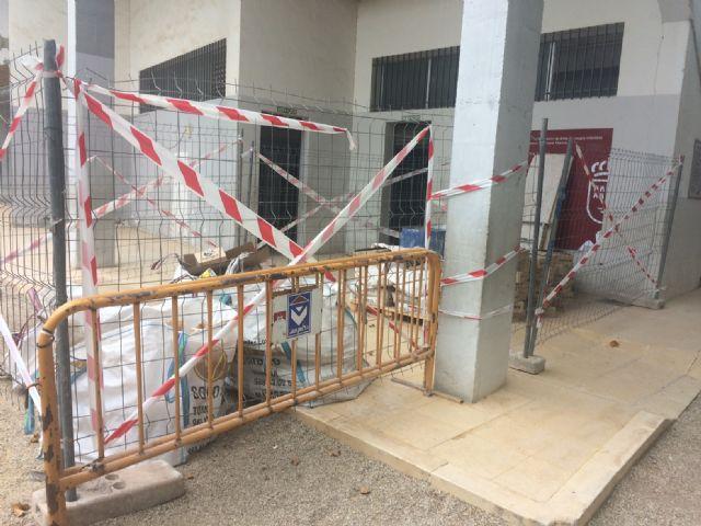 Comienzan las obras de adecuación de los aseos públicos del parque municipal Marcos Ortiz, Foto 7