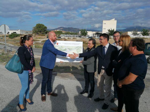 Ciudadanos consigue que se inicie el proyecto para la construcción de una rotonda junto al colegio Sixto López de Fortuna - 1, Foto 1