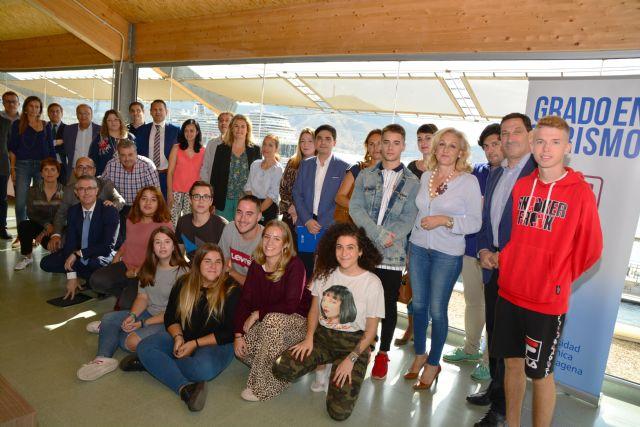 Las empresas del sector turístico ofrecen prácticas a los estudiantes del grado en Turismo de la UPCT - 2, Foto 2