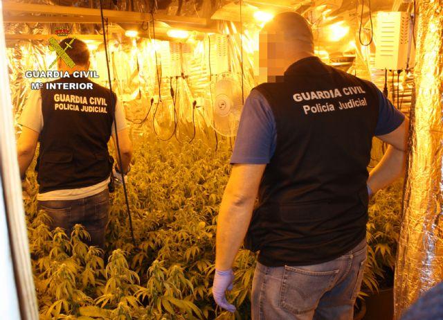 La Guardia Civil desmantela un punto de venta directa de marihuana a consumidores - 2, Foto 2