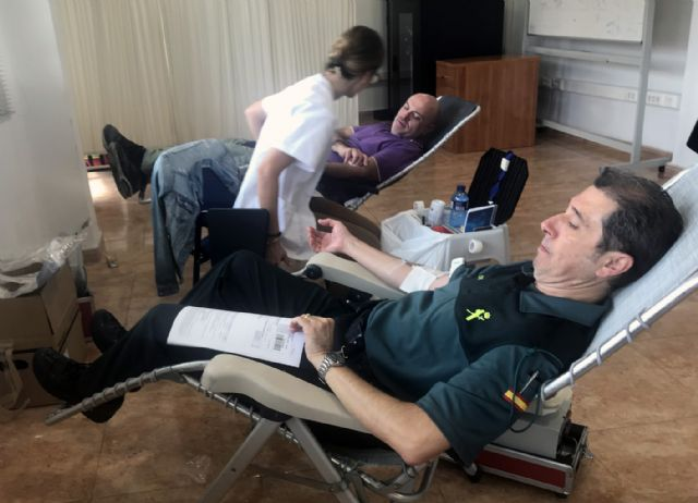 La Guardia Civil colabora altruistamente en la XVII campaña de donación de sangre en Murcia - 2, Foto 2
