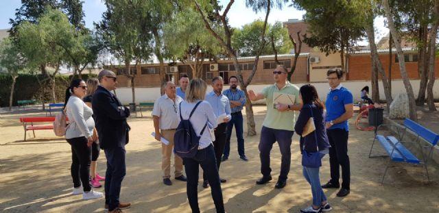 El Ayuntamiento de Murcia reforzará el vallado y la seguridad perimetral del colegio Antonio Delgado Dorrego de Sangonera la Verde - 1, Foto 1