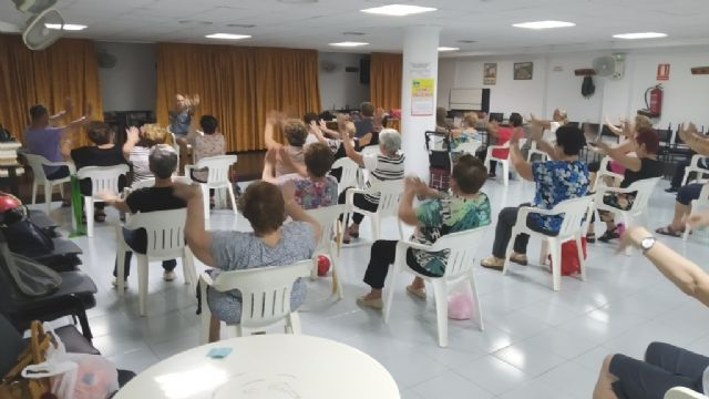 The Gymnastics program is launched in the Municipal Centers for the Elderly of Totana and El Paretón