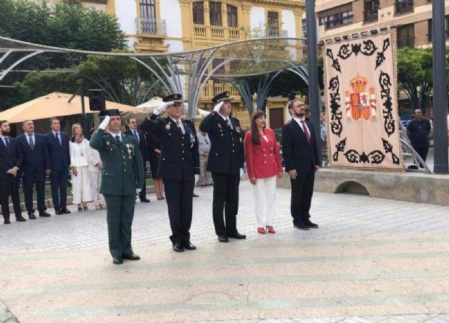 El Ayuntamiento de Lorca conmemorará el Día de la Fiesta Nacional de España el próximo martes, 12 de octubre, con la tradicional izada de bandera en la Plaza de Colón - 2, Foto 2