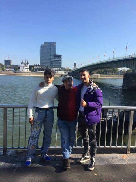 En La foto, Leandro Mateos hernandez  , El mehdi tahir , Jose Mateos Mariscal , en la ciudad de Colonia ( Alemania ), Foto 1