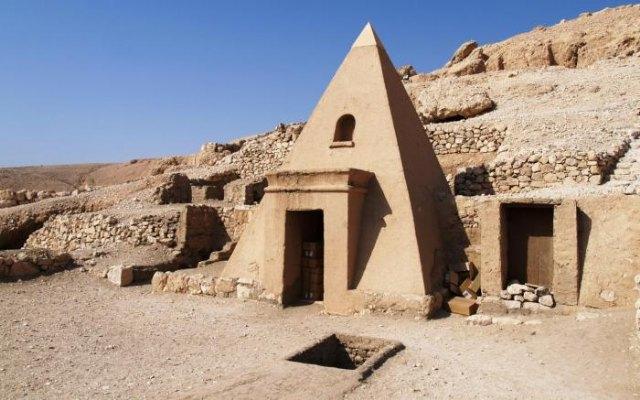 Deir El Medina. 2 - 2, Foto 2