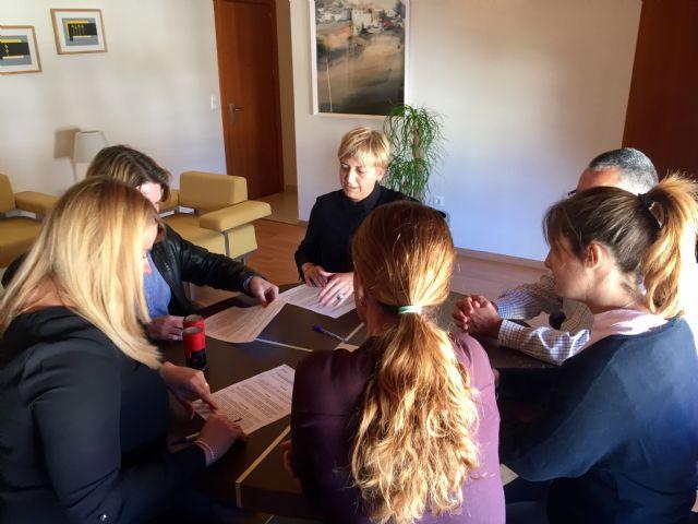 Usuarios del centro de día realizarán prácticas en empresas del municipio, Foto 1
