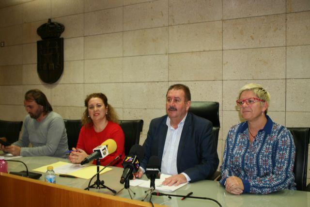 El Ayuntamiento y el El Candil suscriben un convenio para desarrollar los proyectos Labor: un paso hacia la empleabilidad y Labor 2.0: Garantía Juvenil, Foto 2