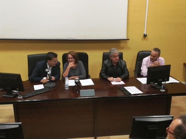 La Sociedad de Filosofía se reunirá con Martínez-Cachá y los demás partidos regionales para estudiar un cambio legislativo a favor de la filosofía - 1, Foto 1