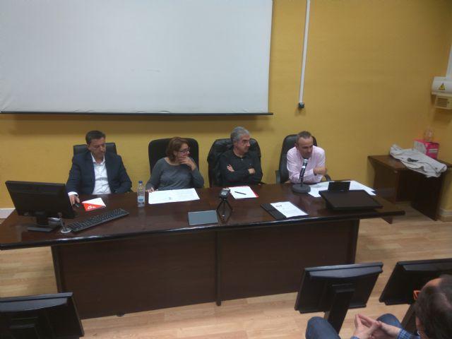 La Sociedad de Filosofía se reunirá con Martínez-Cachá y los demás partidos regionales para estudiar un cambio legislativo a favor de la filosofía - 2, Foto 2