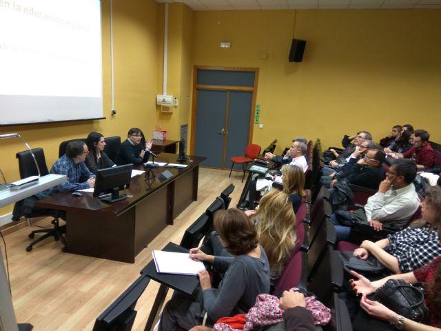La Sociedad de Filosofía se reunirá con Martínez-Cachá y los demás partidos regionales para estudiar un cambio legislativo a favor de la filosofía - 4, Foto 4