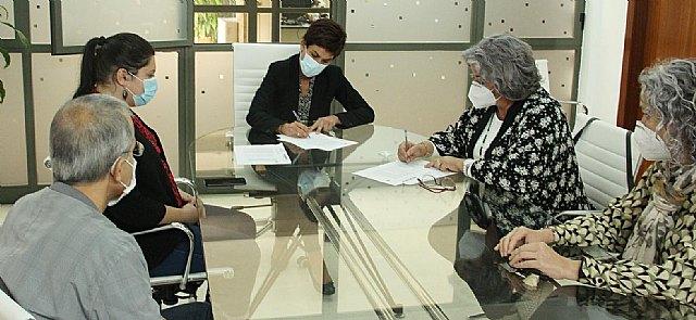Firma de un convenio de colaboración con el Ilustre Colegio de Veterinarios de la Región de Murcia - 1, Foto 1