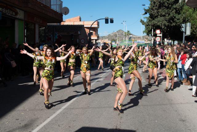 La escuela de danza ´De Rosa´ vuelve a ganar el desfile de carrozas, Foto 2