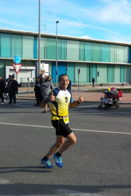 Edu Lucas, from the Totana Athletics Club, participates in the 11 km Villa de Torre Pacheco
