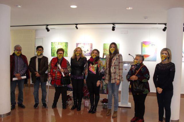 Los alumnos del taller Pint Art muestran sus trabajos en la exposición Emoción-Arte - 1, Foto 1