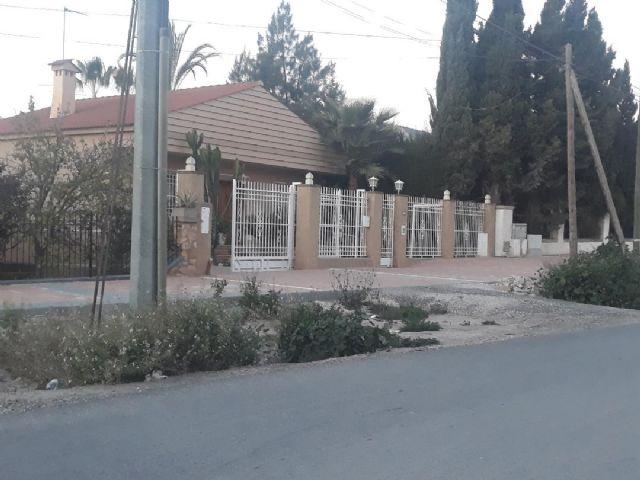 IU denuncia que un intento de libertinaje de Telefónica impide la finalización de las obras del camino Marín - 1, Foto 1
