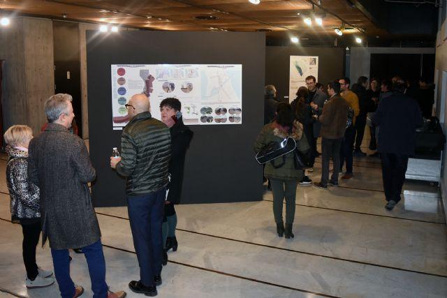 El Colegio de Arquitectos de Murcia inaugura la exposición 'La Manga 365' con las propuestas para revitalizar la Gola de Marchamalo, Foto 1