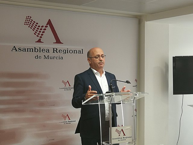 Ciudadanos denuncia que el Gobierno regional aún no ha pagado las indemnizaciones a los expropiados por el aeropuerto, Foto 1