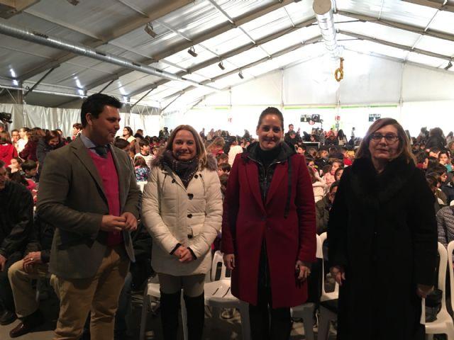 """Mil doscientos alumnos de la comarca asistieron a la representación benéfica del musical """"Mamma Mía"""" protagoniza por alumnos del IES """"Alfonso X El Sabio"""" - 1, Foto 1"""