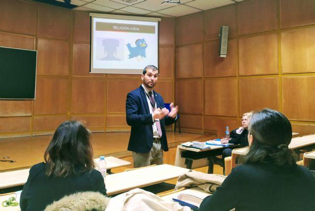 El criminólogo Víctor J. Navarro ha participado esta mañana en el VIII Congreso Internacional de Tecnología, Ciencia y Sociedad - 1, Foto 1