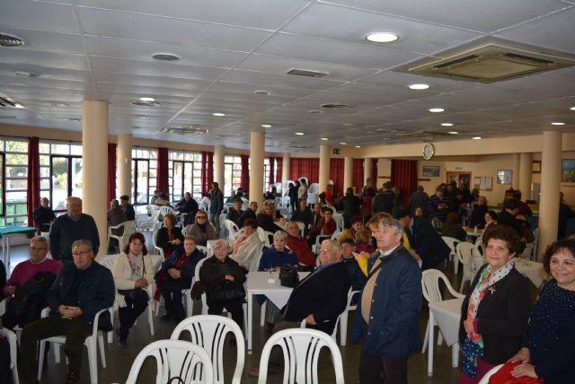 Más de un centenar de usuarios del Club de Mayores de Lorquí visitan el municipio de Águilas - 1, Foto 1