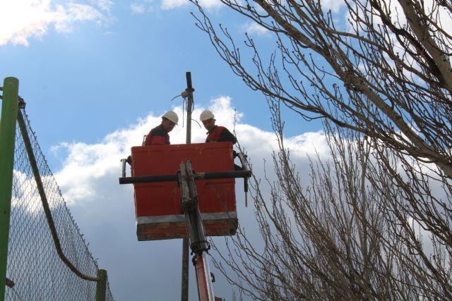 En marcha las obras del rocódromo y del cambio de iluminación del Polideportivo La Hoya - 3, Foto 3