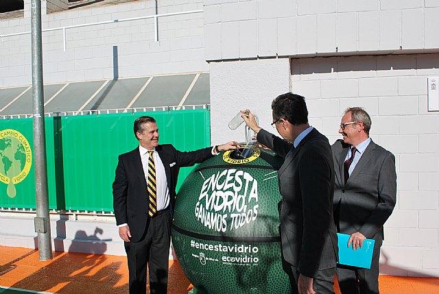 La primera pista de baloncesto reformada con vidrio reciclado llega a la Región de Murcia - 2, Foto 2