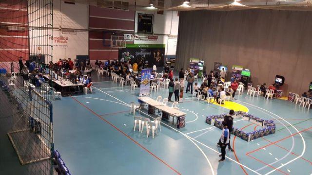 200 jóvenes y medio centenar de padres y madres participan en la I Lan Party Tecnológica de Juventud, Foto 2