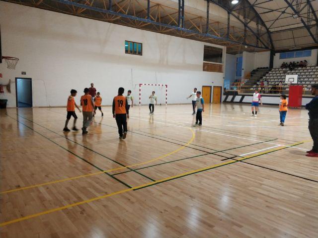 Ginés Díaz y Ricardo Codorníu se alzan con la victoria del baloncesto alevín escolar - 2, Foto 2