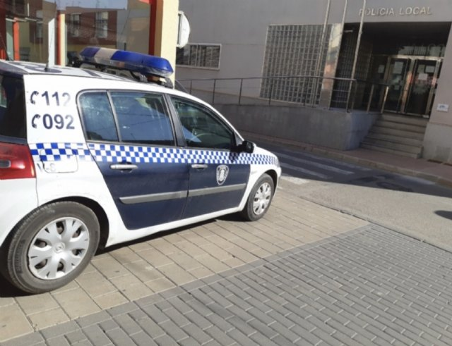 [La Policía Local detiene a dos personas durante los últimos cinco días por distintos delitos de robo cometidos durante la madrugada