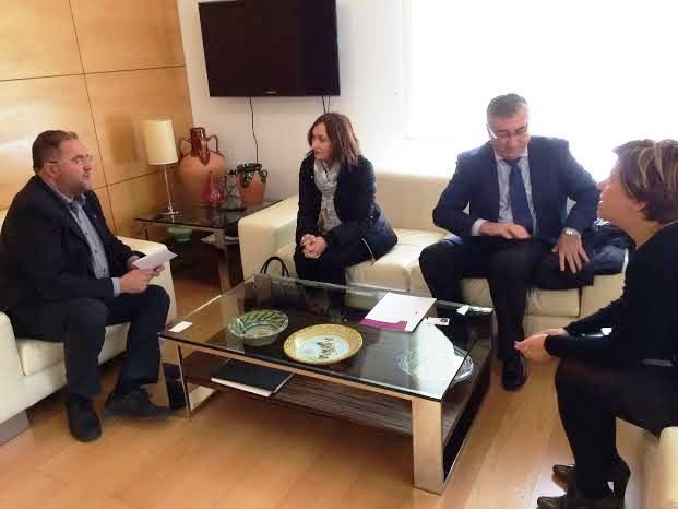 City officials meet with officials of Renfe