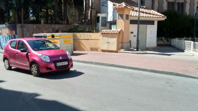 The PP requires the Councillor for Services to solve the problems in the street lighting in the area of the Gate, Foto 7