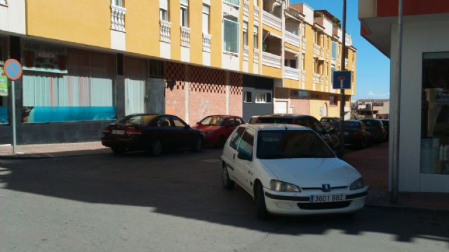 The PP requires the Councillor for Services to solve the problems in the street lighting in the area of the Gate, Foto 8