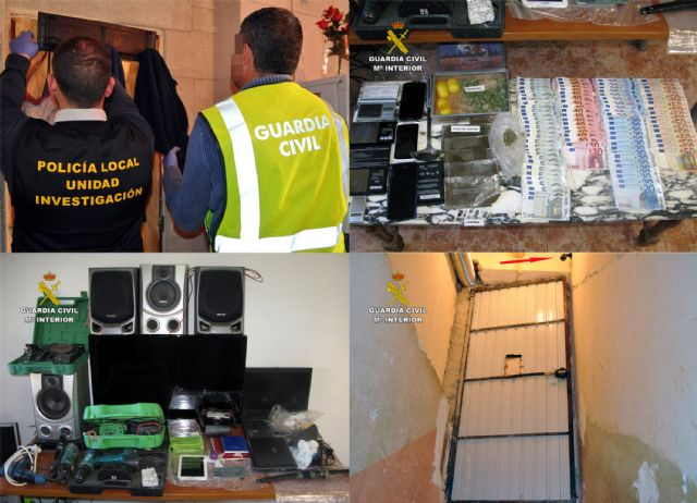 The Civil Guard dismantled a point of sale of drugs and receiving of stolen objects in Totana, Foto 3