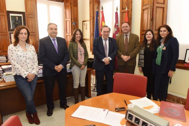 Prorrogan el convenio de colaboración con la UMU para el mantenimiento de la sede permanente de extensión universitaria en Totana - 3, Foto 3