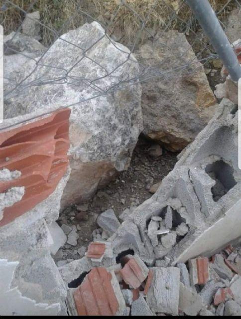 PSOE: Y, ¿qué ha sido de las mallas para evitar la caída de rocas en Ojós? - 2, Foto 2