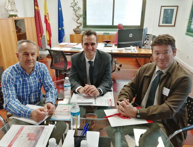 El Concejal de Estrategia Económica del Ayuntamiento de Molina de Segura se reúne con el Director General de Energía y Actividad Industrial y Minera para tratar asuntos de máxima importancia para el municipio - 1, Foto 1
