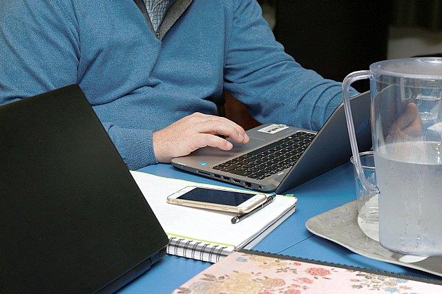 La cifra de españoles que teletrabajan crece y alcanza el 7,9% de ocupados, más de 1,5 millones de personas - 1, Foto 1