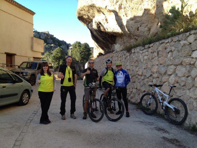 Operadores de turismo de naturaleza de Reino Unido y Noruega visitan Sierra Espuña, Foto 6