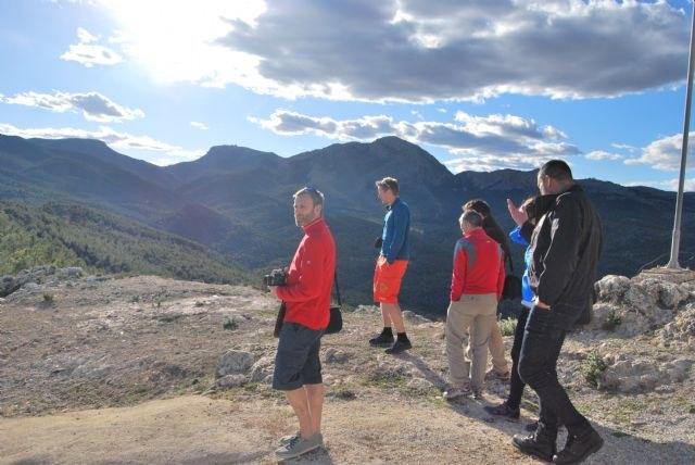 Operadores de turismo de naturaleza de Reino Unido y Noruega visitan Sierra Espuña, Foto 1