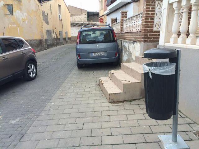 Colocar�n 90 nuevas papeleras en diferentes puntos del casco urbano y pedan�as, Foto 3