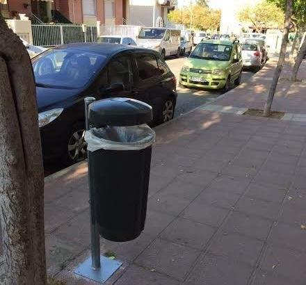 Colocar�n 90 nuevas papeleras en diferentes puntos del casco urbano y pedan�as, Foto 2